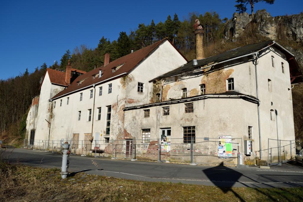 Das alte und verfallene Brauhaus der ehemaligen Polsterbräu